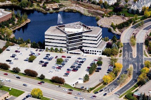 7373 Edina Office Building01